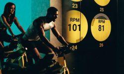 Lezione indoor cycling