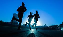 Sportivi che corrono