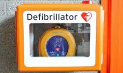 Defibrillatore semiautomatico esterno