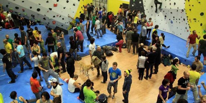 A Reggio Emilia la nuova grande palestra per l'arrampicata big