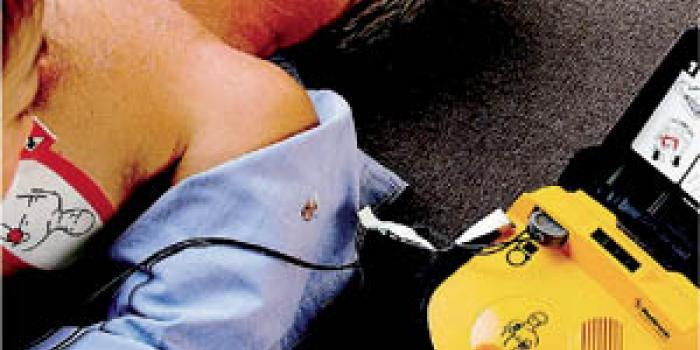 Le nuove linee guida per l'utilizzo dei defibrillatori nelle società sportive in Lombardia big