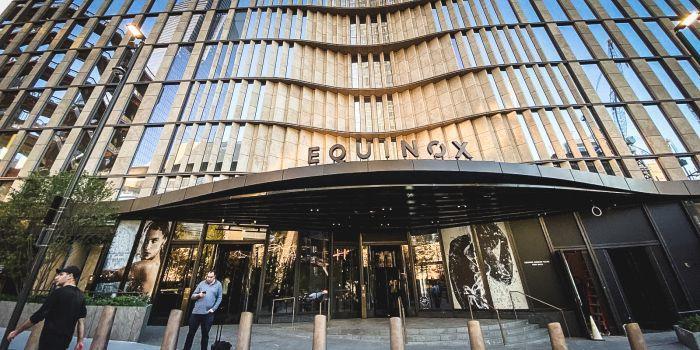 Esterno Equinox Hotel New York