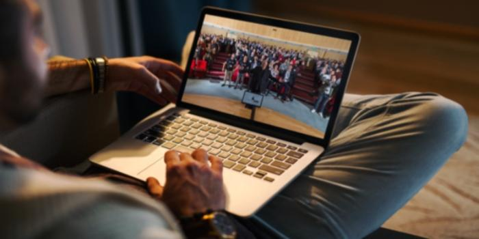 Convention in streaming